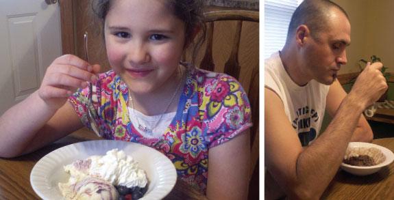 Family-with-Ice-Cream