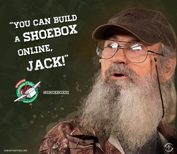 Build an Operation Christmas Child Shoebox Online
